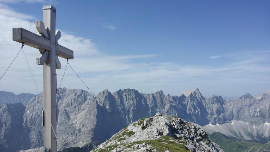 Gipfelkreuz Gamsjoch